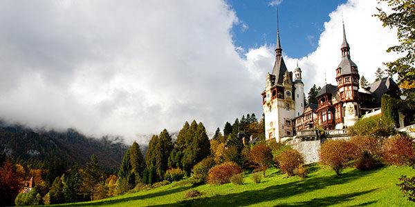 Image result for castelul peles si castelul bran